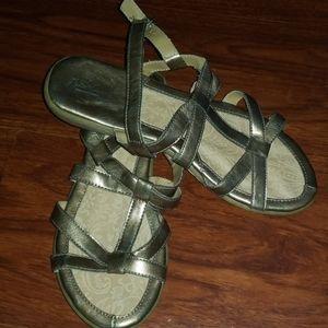 Great NW Co. Savannah sandals